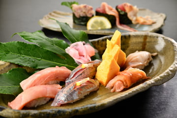 大将が厳選した魚介類を使用したお寿司